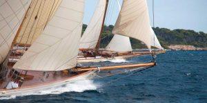 Vintage sailboats raicing